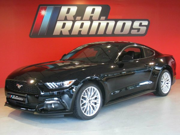 Ford Mustang Fastback 2.3i Ecoboost Autom. GPS (314cv)